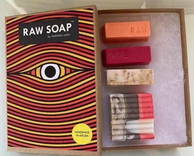 RAW Soap Holistika 'Enchanting Eye 2'