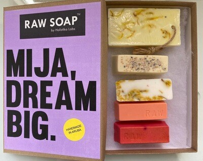 RAW Soap Holistika 'Mija, Dream Big'