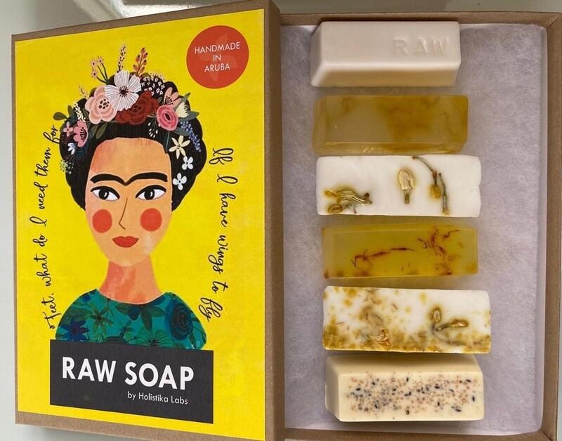 RAW Soap Holistika 'Frida 3'
