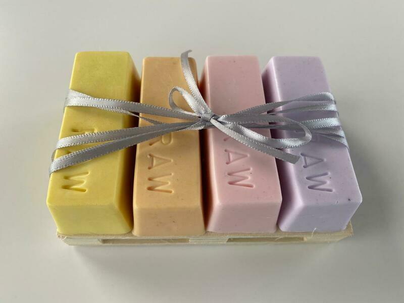 Raw Soap Holistika Gentle Soap Set