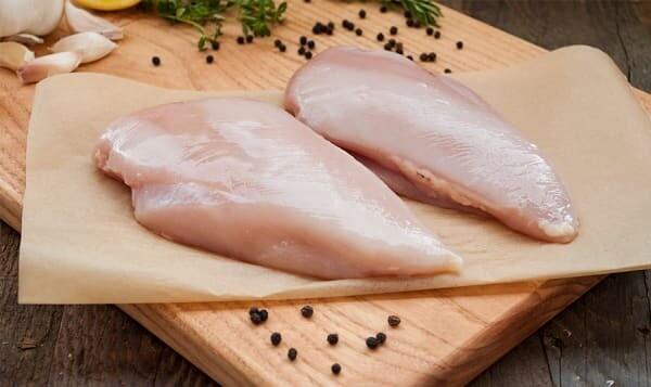 Chicken breast B/SL Fresh - price per lb