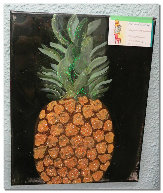 Pineapple Resin Picture