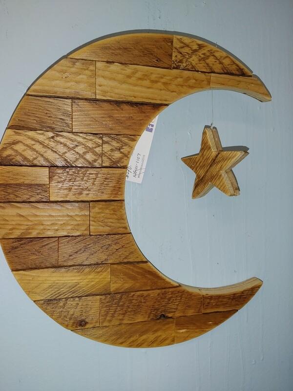 Rustic Soul Tobacco Slat Moon & Star
