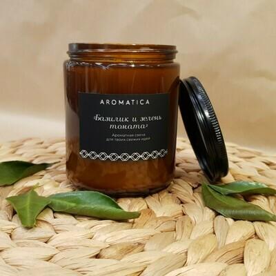 Свеча AROMATICA Базилик и зелень томата, средняя