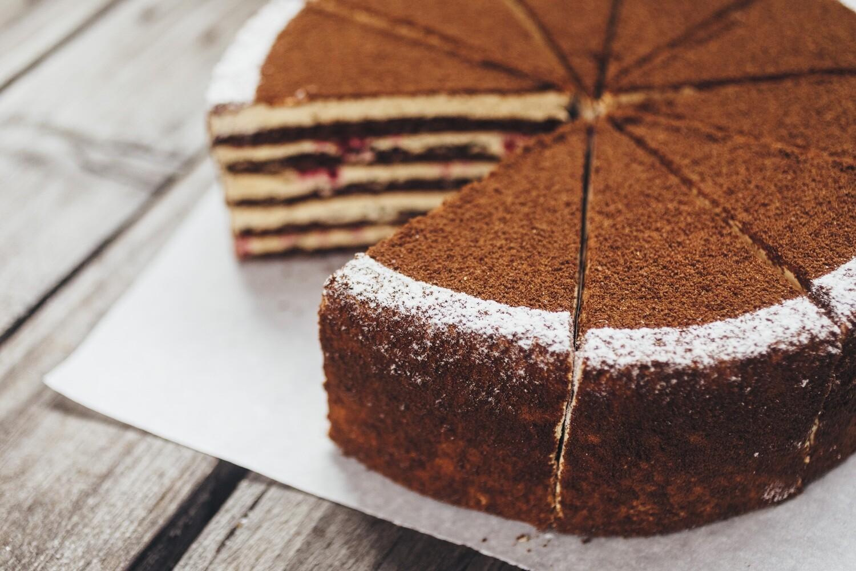 Торт Медовик  Шоколадный ( 1400гр целый)