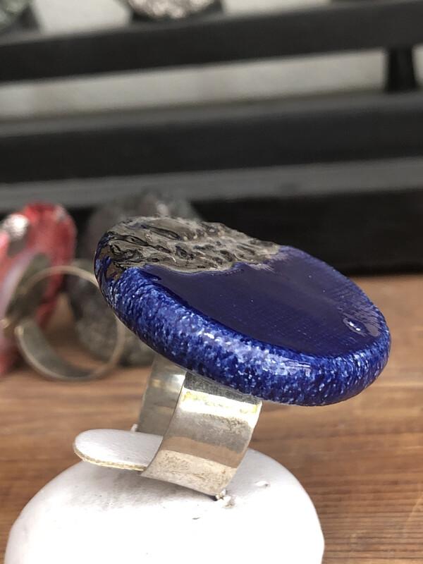 Anello Regolabile Argento 925 Con Placca Ceramica Rifinitura  Platino. Fatto A Mano. Pezzo Unico . Blu