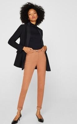 High waisted, slim leg jeans