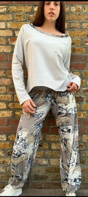 Paisley Trim Sweat