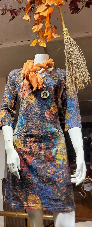 V neck autumnal dress