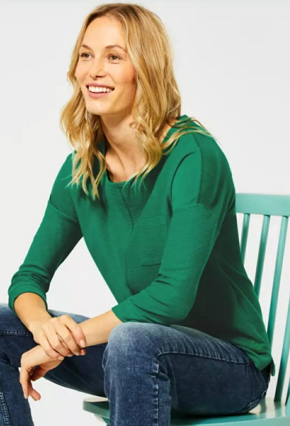 3/4 sleeve shirt in lucky clover green