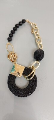 Jewellery - Black/Gold Shapes necklace