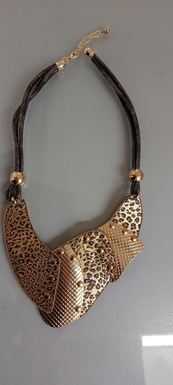 Animal print neck piece