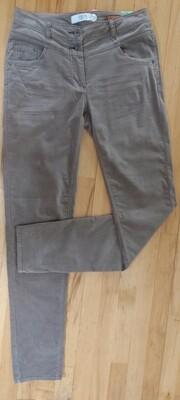 Vicky Velvet Jeans