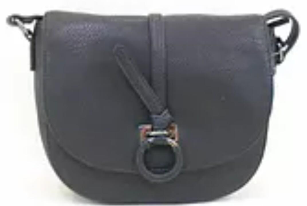 Strap shoulder ring bag