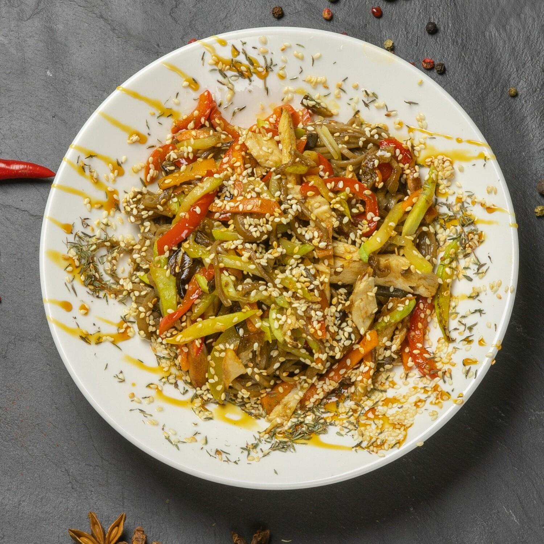 Лапша Wok с курицей, овощами и соусом терияки 300 гр.