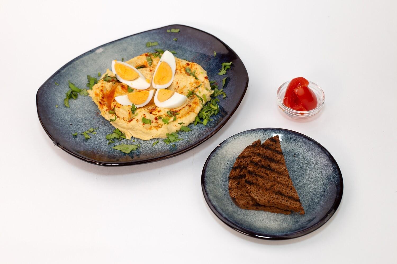 Хумус классический с яйцом и оливковым маслом 200/30/50 гр.