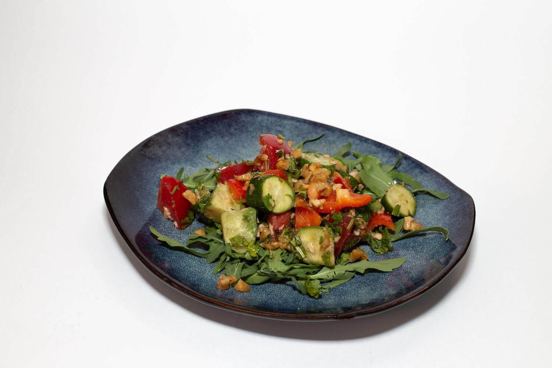 Кавказский овощной салат  200 гр.