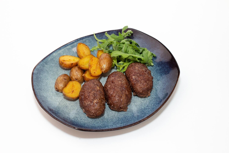 Бараньи котлеты с бейби картофелем 200/100/50 гр.