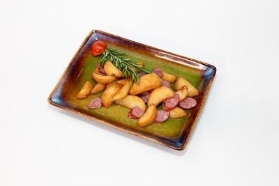 Картофель по-деревенски с краковской колбасой 250 гр.