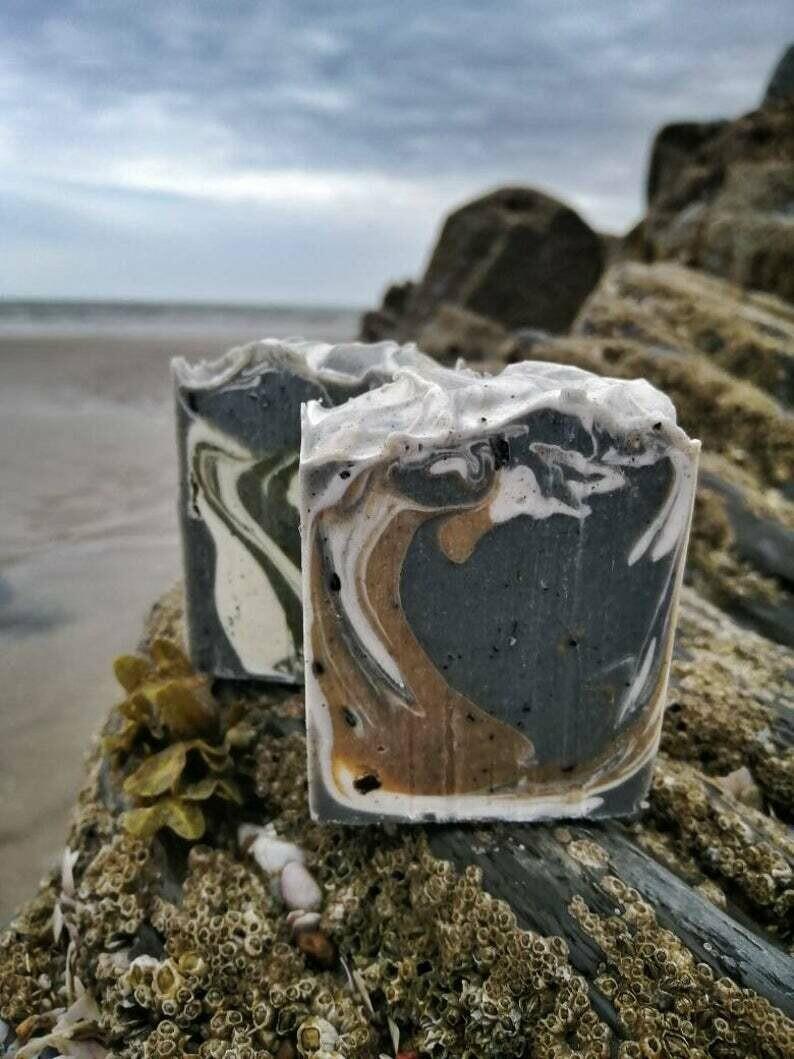 Welsh Sea Kelp & Indigo Soap with Spirulina   by TinShedSoap  (Vegan)