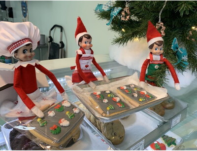 """Elf Sized """"Tray Of Cookies"""" & Miniature Rolling Pin"""