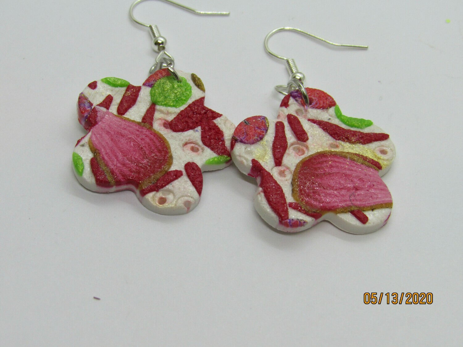 Red/White Flower earrings