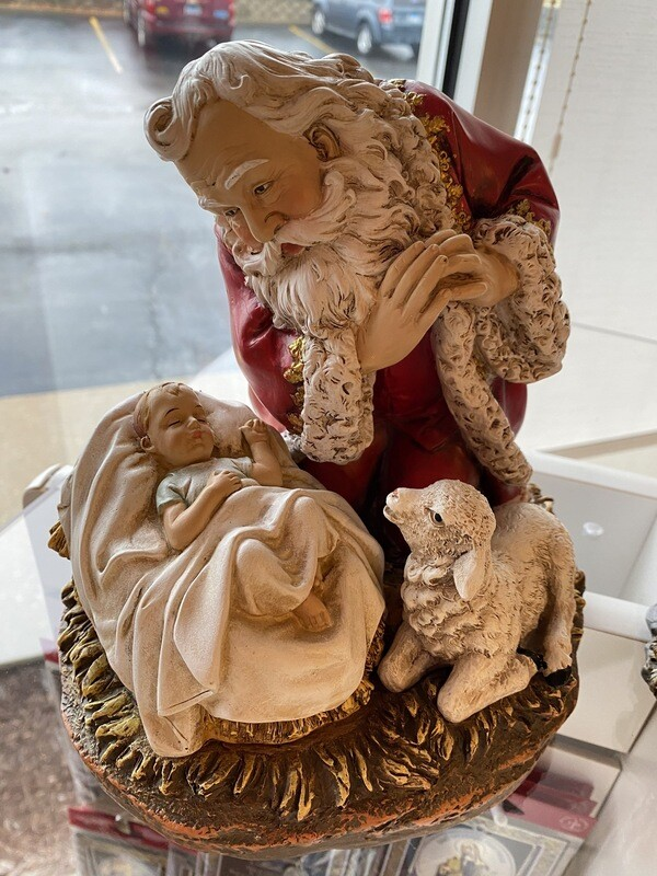Large Kneeling Santa