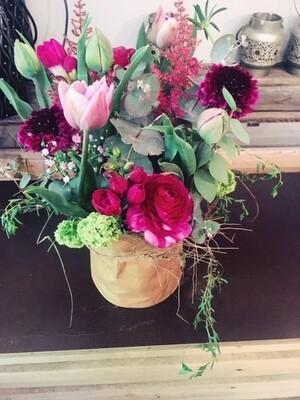 Arrangement de fleurs de saison
