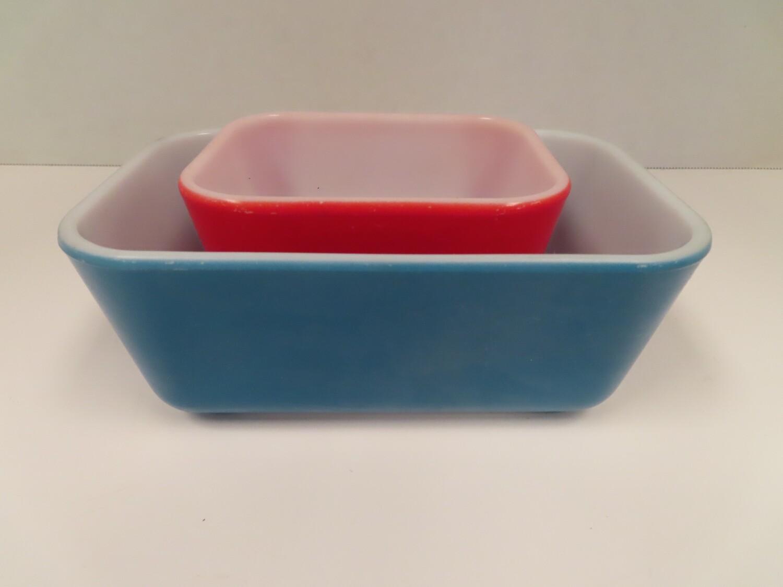 Pyrex Square Nesting Bowls