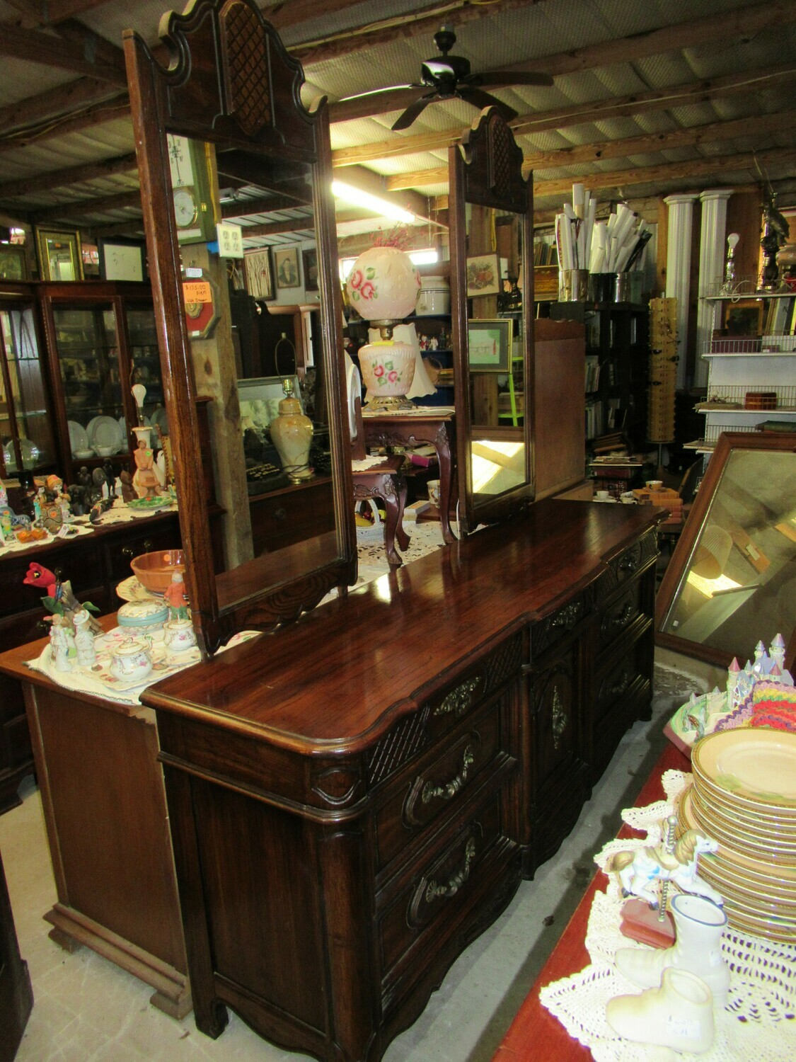 Thomasville Dresser with Two Mirrors
