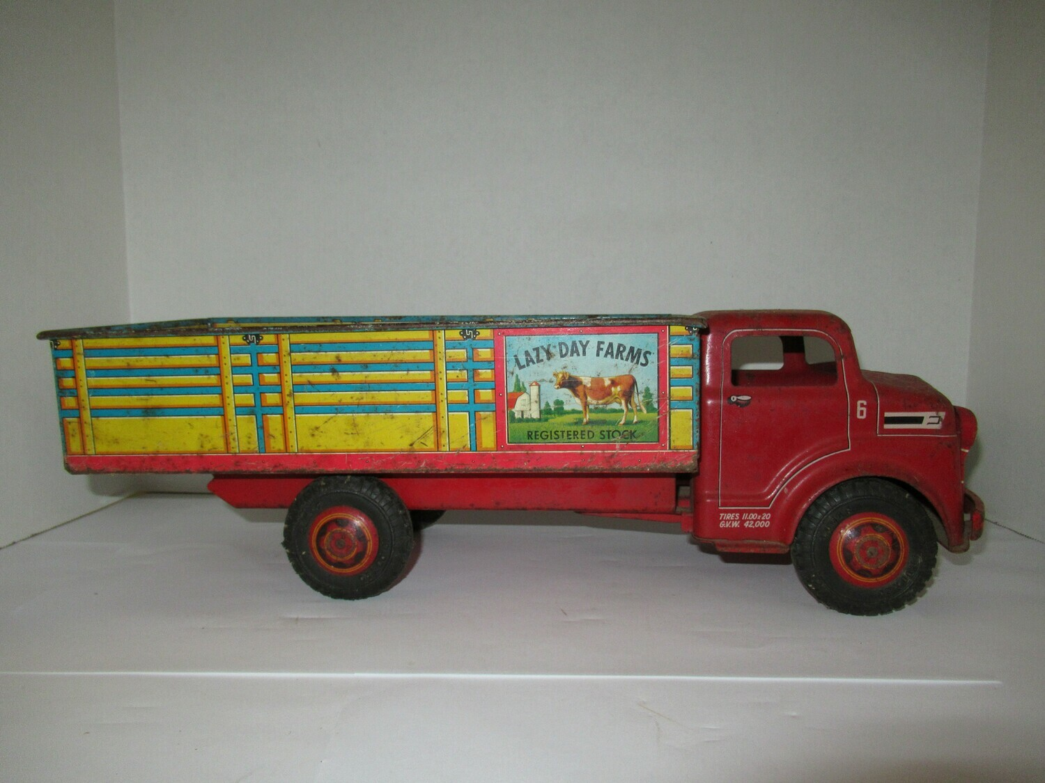 Vintage Mar Toys Metal Lazy Day Registered Stock Farm Truck