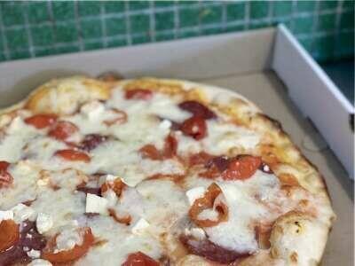 THE REGULAR PIZZA