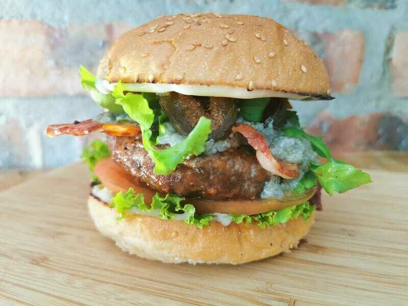 BACON, FIG & BLUE CHEESE BURGER Special