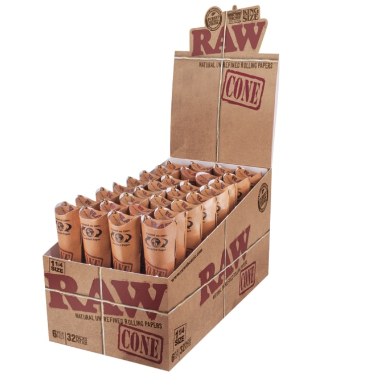 RAW CLASSIC PRE-ROLLED CONES 1 1/4 6PK (DISPLAY OF 32) - WS