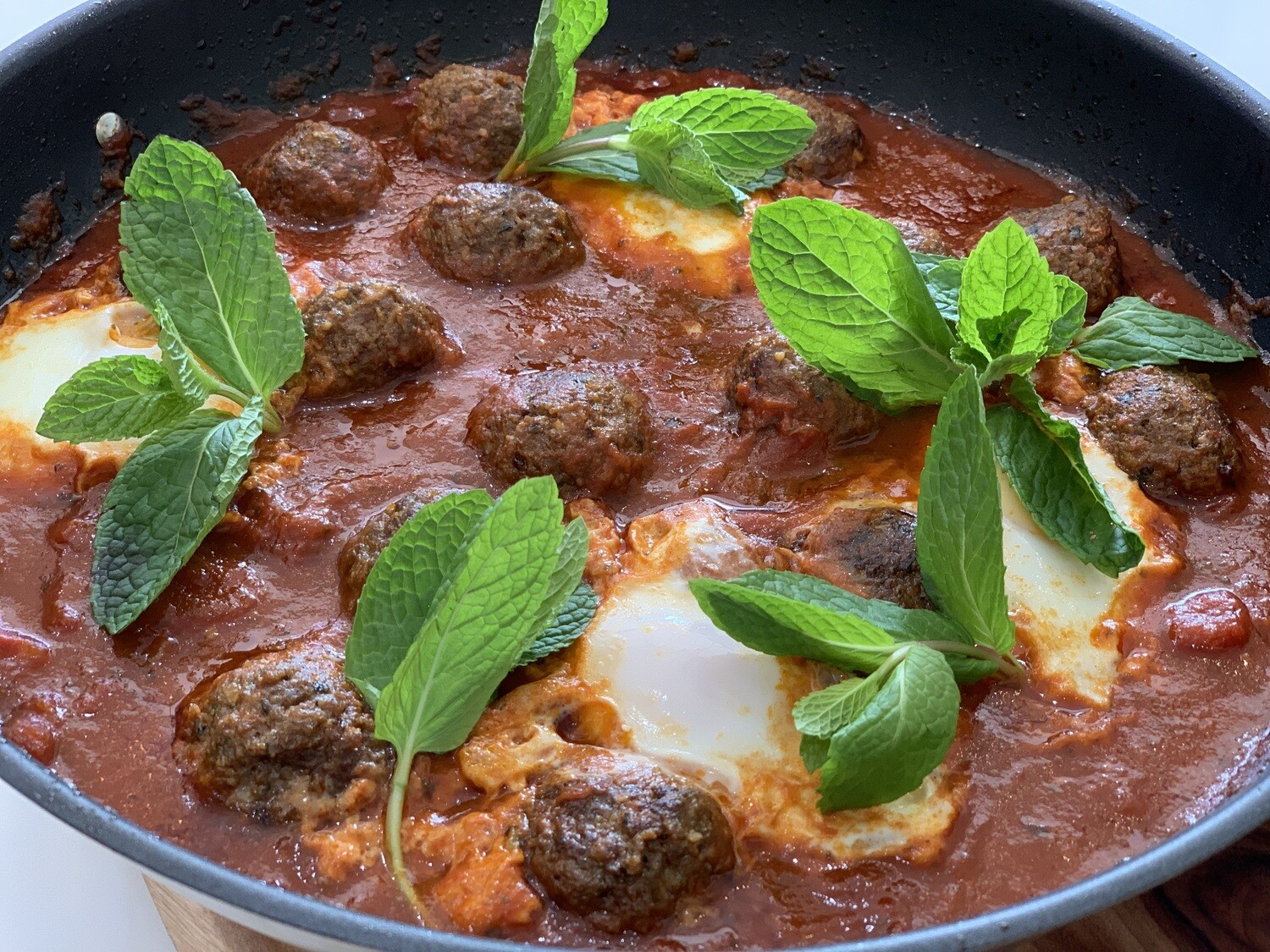Moroccan Beef Meatballs in Fragrant Tomato Sauce (Serves 3-4)