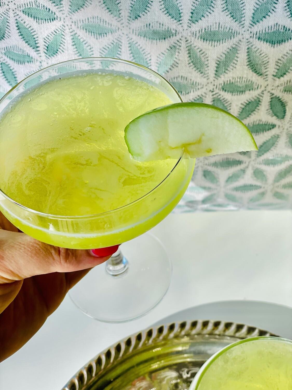Apple Martini (serves 2) Sour Monkey Apple Liqueur, Vodka, Apple Juice