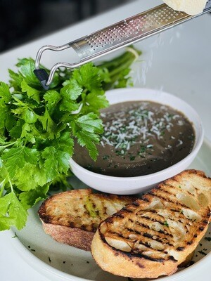Portobello, Wild Mushroom and Porcini Soup (serves 2-3)