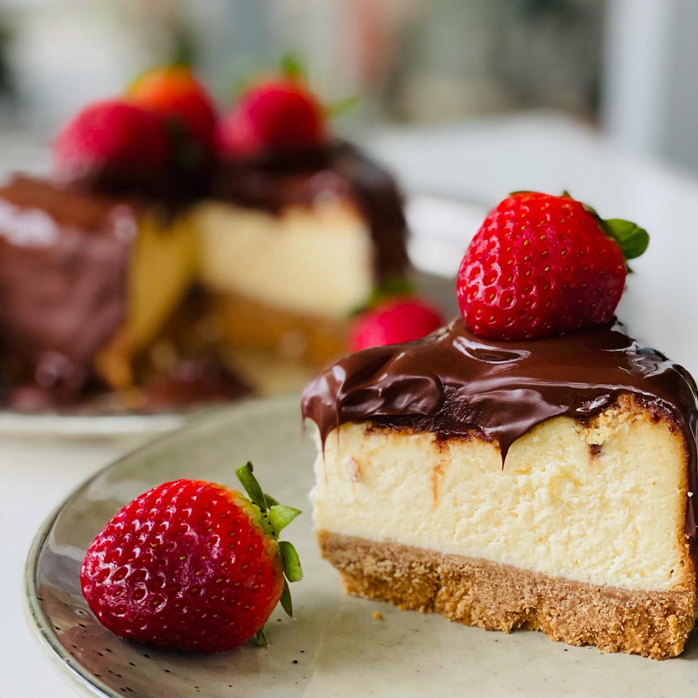 Baked New York Cheesecake with Chocolate Ganache