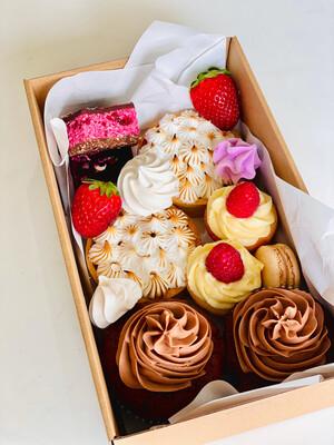 Picnic Sweets Box 1
