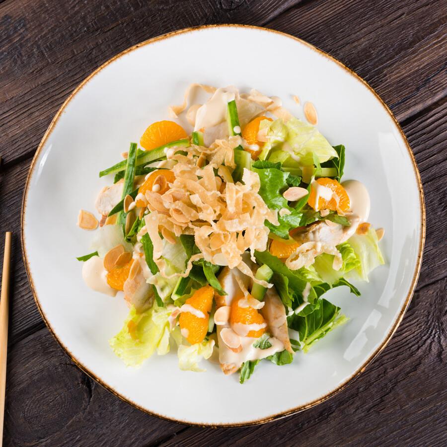 Азиатский салат с мандаринами