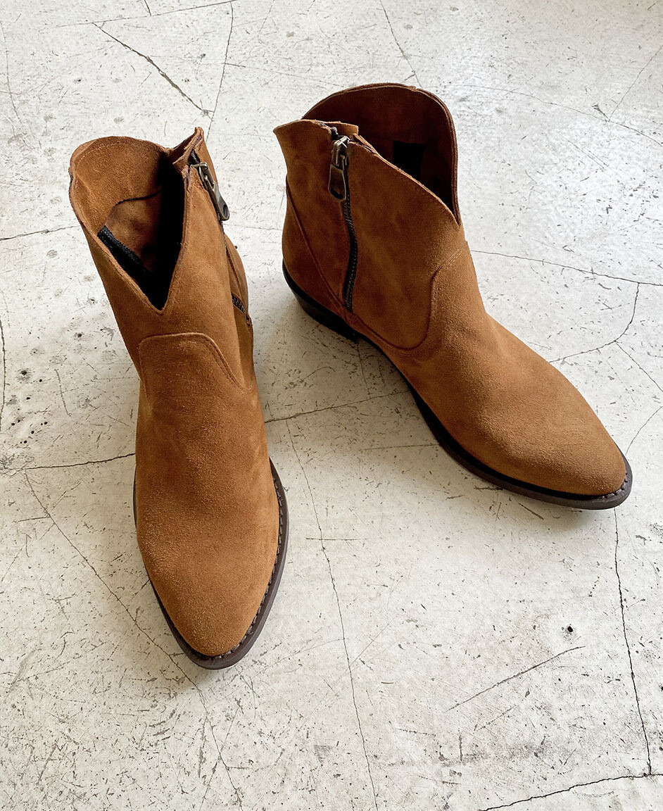 by LC studio Suede ankle Boots Brown
