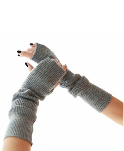 by LC studio Fingerless Mittens