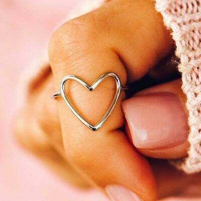 Pura Vida Statement Heart Ring