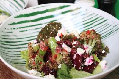 Салат з броколі та буряком