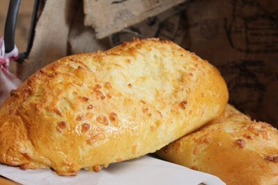 Extra Cheese Bread