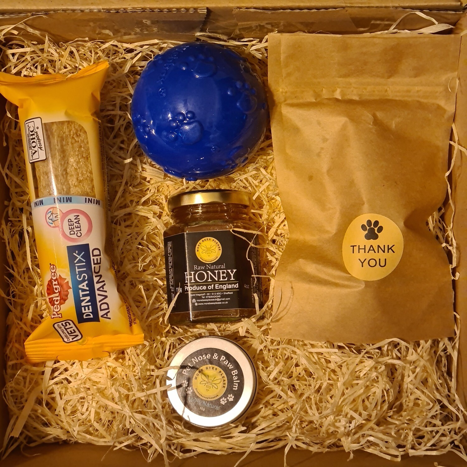 Dog Hamper ***NOT SUITABLE FOR DOGS UNDER 1 YEAR ***
