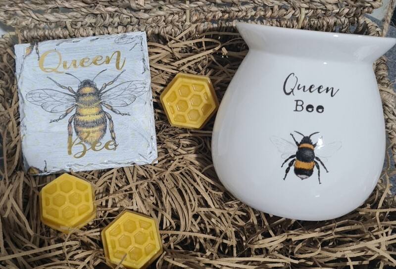 The Queen Bee Wax Melter Gift Set