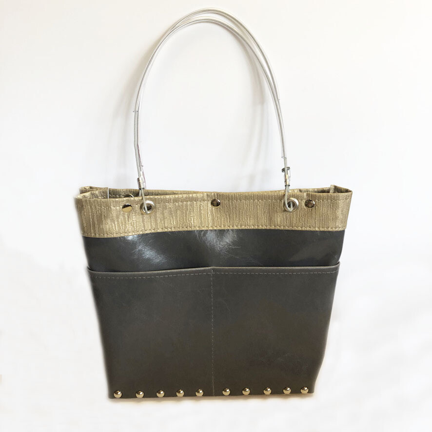 Traveler Handbags