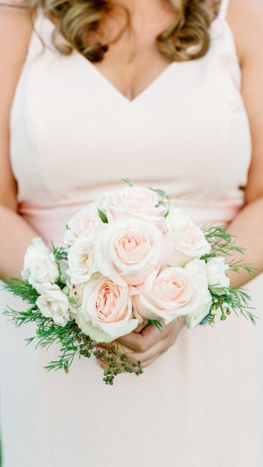 Bridal Bouquet-Bridesmaid Flowers To Wear