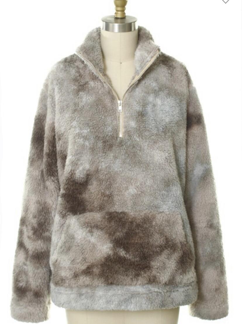 Fashion District  - Tie dye sherpa zip collar
